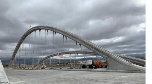 Arch Bridge over the Genil River.jpg