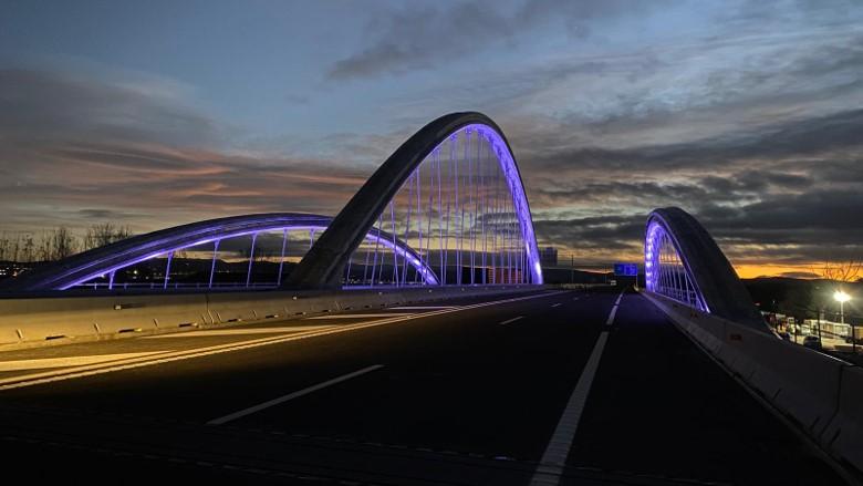 Bridge over the Genil River.jpg